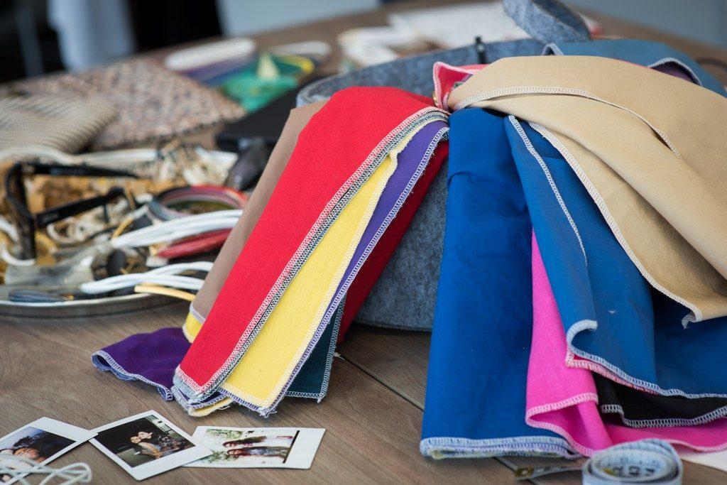 ערכת בדים להתאמת צבעים סטיילינג אישי